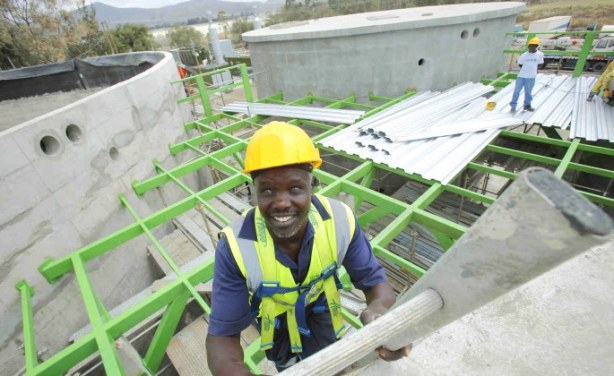 Africa in the News: Brilliant Innovation Produces Energy from Trash in Kenya